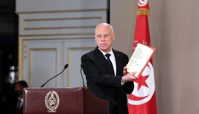 المعارضة التونسية تقترح استقالة الغنوشي وتنازل سعيّد لتجاوز الأزمة السياسية التي تمر بها تونس